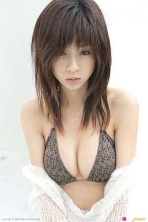 Фото молодой японки в белье