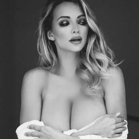 Instagram фото американской модели Lindsey Pelas