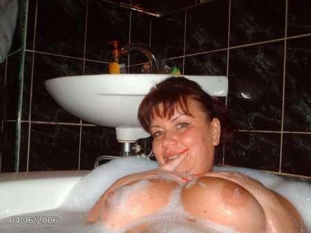зрелая мамка в ванной