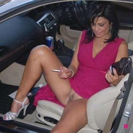 в авто без трусов