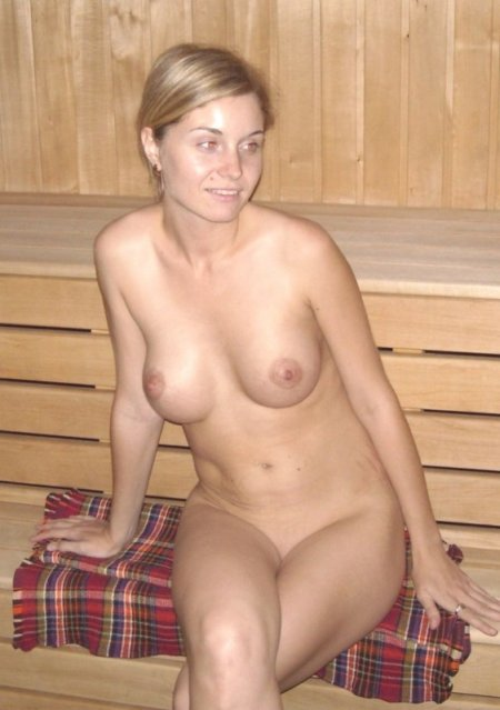 жены в бане