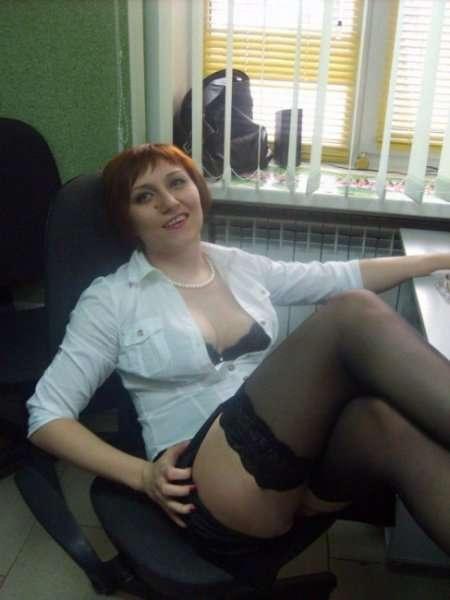 секретарша в чулках