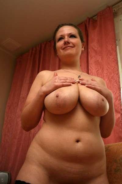 Зрелые дамы демонстрируют свои сочные тела