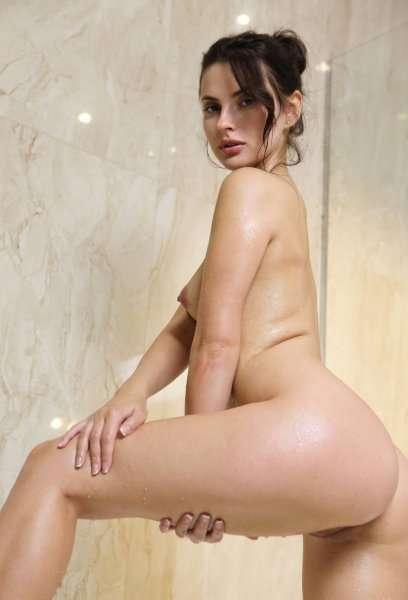 Jasmine Jazz  в ванной