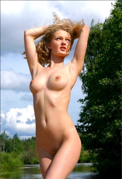 Откровения русской девушки на речке