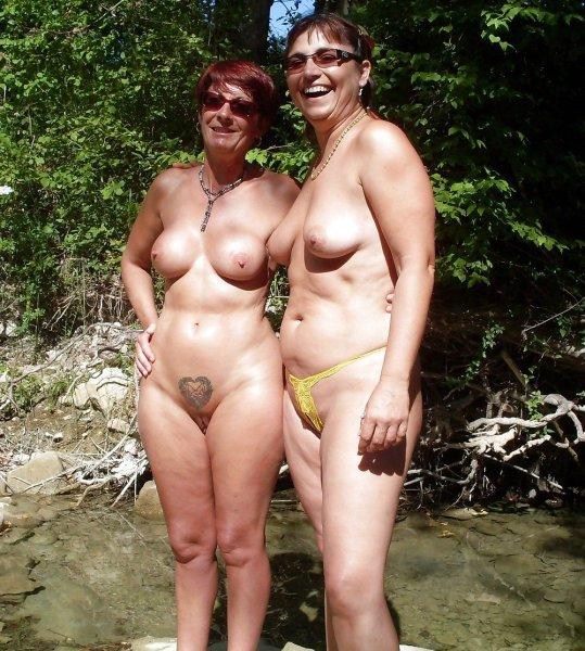 Самые сексуальные и горячие зрелые нудистки