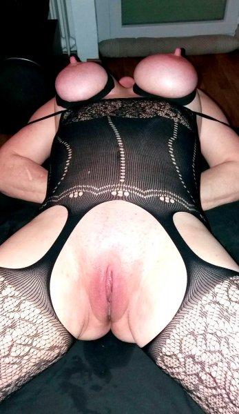 Бандаж больших сисек зрелой тётки