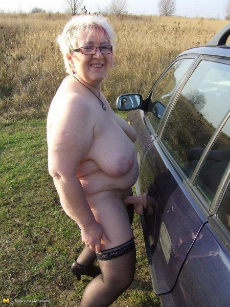 Голые толстые бабушки