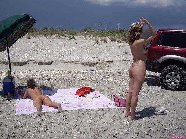 Лесби на пляже