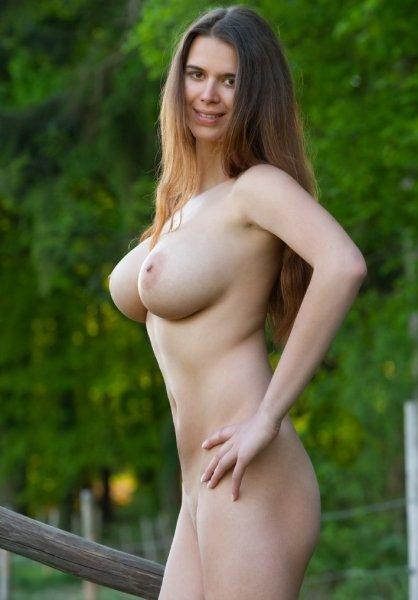Русские девушки с красивыми натуральными сиськами