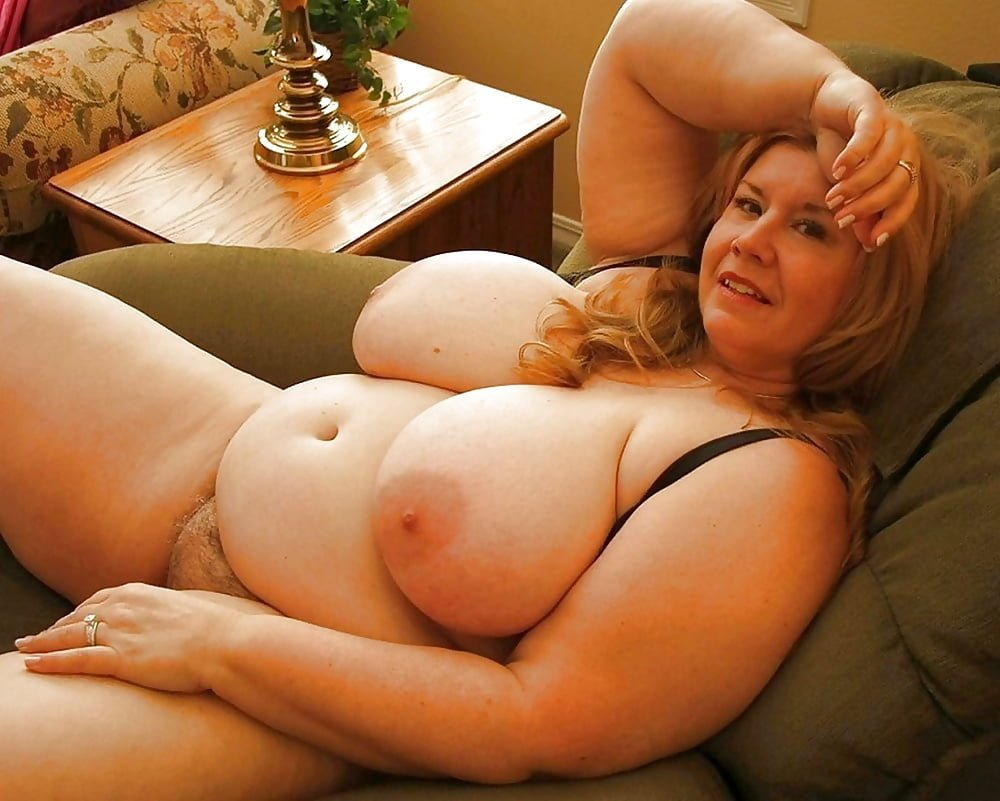 Busty mature sitting naked adult images hq