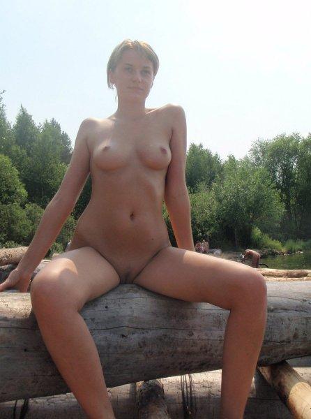 Деревенские нудисты