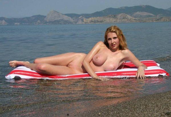 Нудисты на черном море
