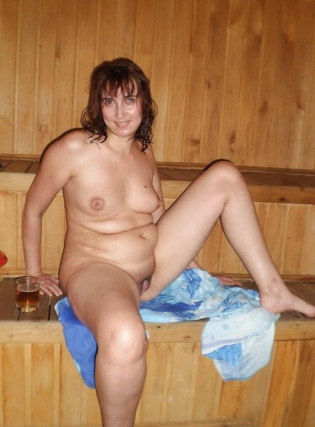 Голые зрелые женщины в бане