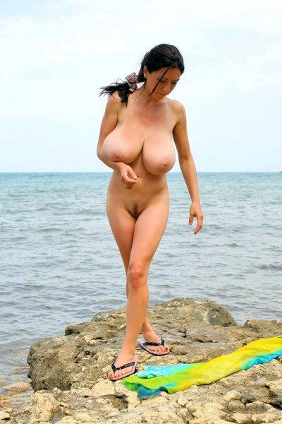 Голые женщины с большими сиськами