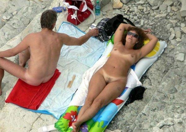 Русские нудистки на российских пляжах