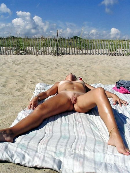Nudist beach and cunt-2