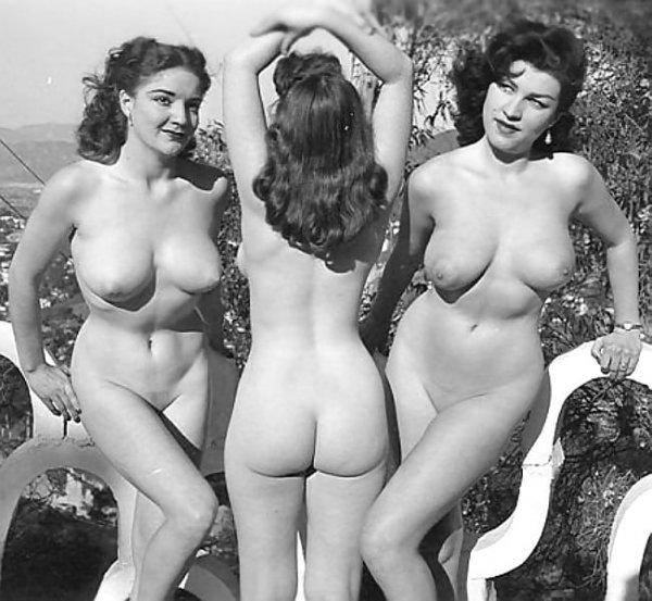 B&W erotica ...