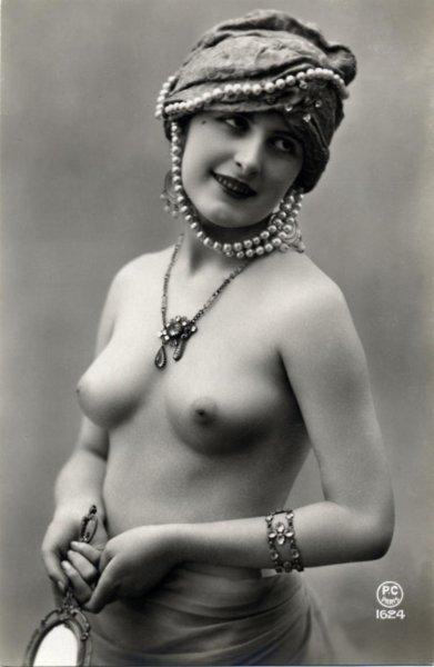 Голые женщины прошлого века