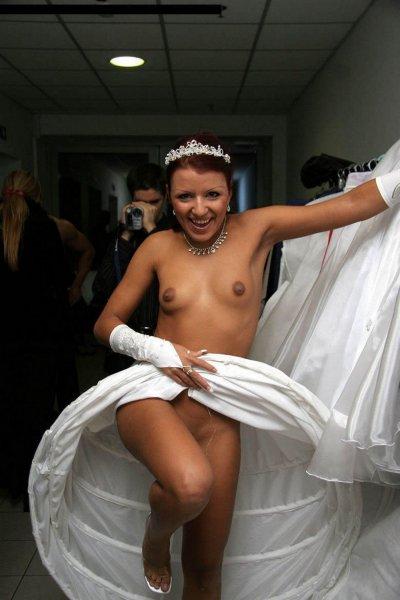 Невесты продемонстрировали все свои запретные места