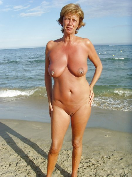 Beach nudist girl & women